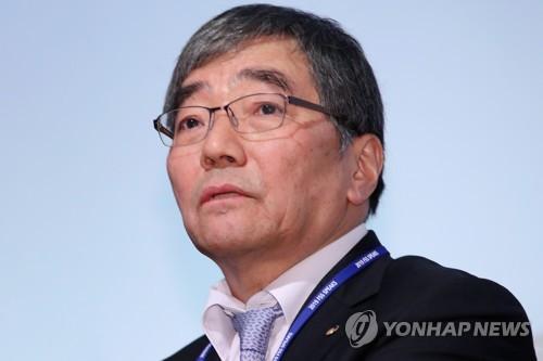 """윤석헌 """"은행권 DLF, 불완전판매 소지…적절한 설명 없었을수도""""(종합)"""