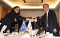 El ministro de Trabajo con la comisaria de Comercio de la UE