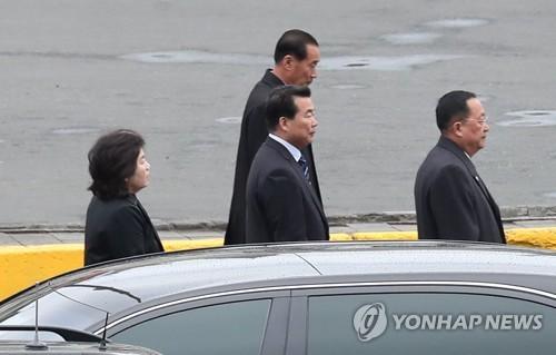 김정은 전용차 동승 리용호·최선희, 北외교 '실세' 재확인(종합)