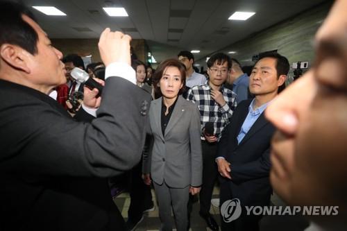 한국당 저지선 뚫은 '전자 발의'…시스템 도입 후 첫 사례 기록(종합)