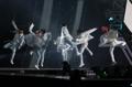BTS en el concierto conmemorativo del campeonato mundial de natación