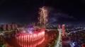 Fuegos de artificio en la Lotte World Tower