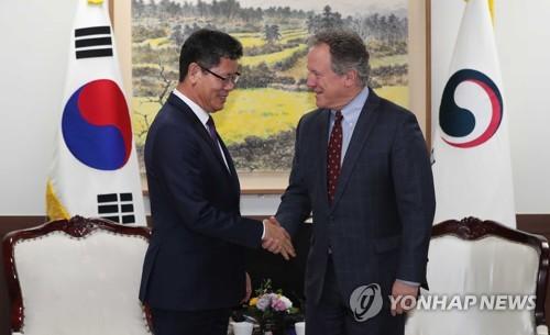 정세교착속 대북 식량지원…협상재개 모색하며 '신뢰회복' 시도(종합)