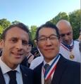 Avec Macron