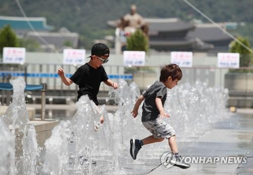 [날씨] 내일도 한여름 서울 32도…미세먼지 나쁨·보통