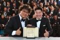 El director Bong Joon-ho y el actor Song Kang-ho en Cannes