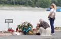 Conmemorando a las víctimas del hundimiento de barco en Hungría