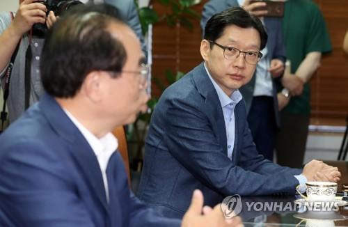 백지화 1차 관문 통과?…총리실에 맡겨진 김해신공항의 운명