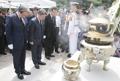 Presentando sus respetos al expresidente Kim Dae-jung