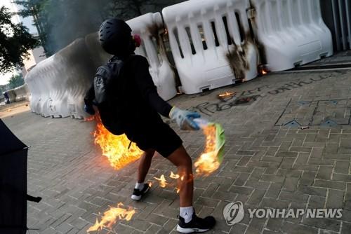 시위 직격탄…홍콩 특급호텔 객실점유율 10%대 추락도