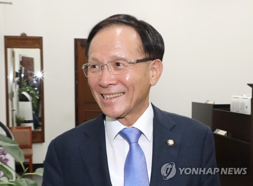 이수혁 주미대사 내정 두달여만에 정식 발령…다음 주 부임
