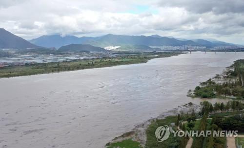'부산, 빨간 수돗물 사전에 막는다'…수도관 주기적 세척